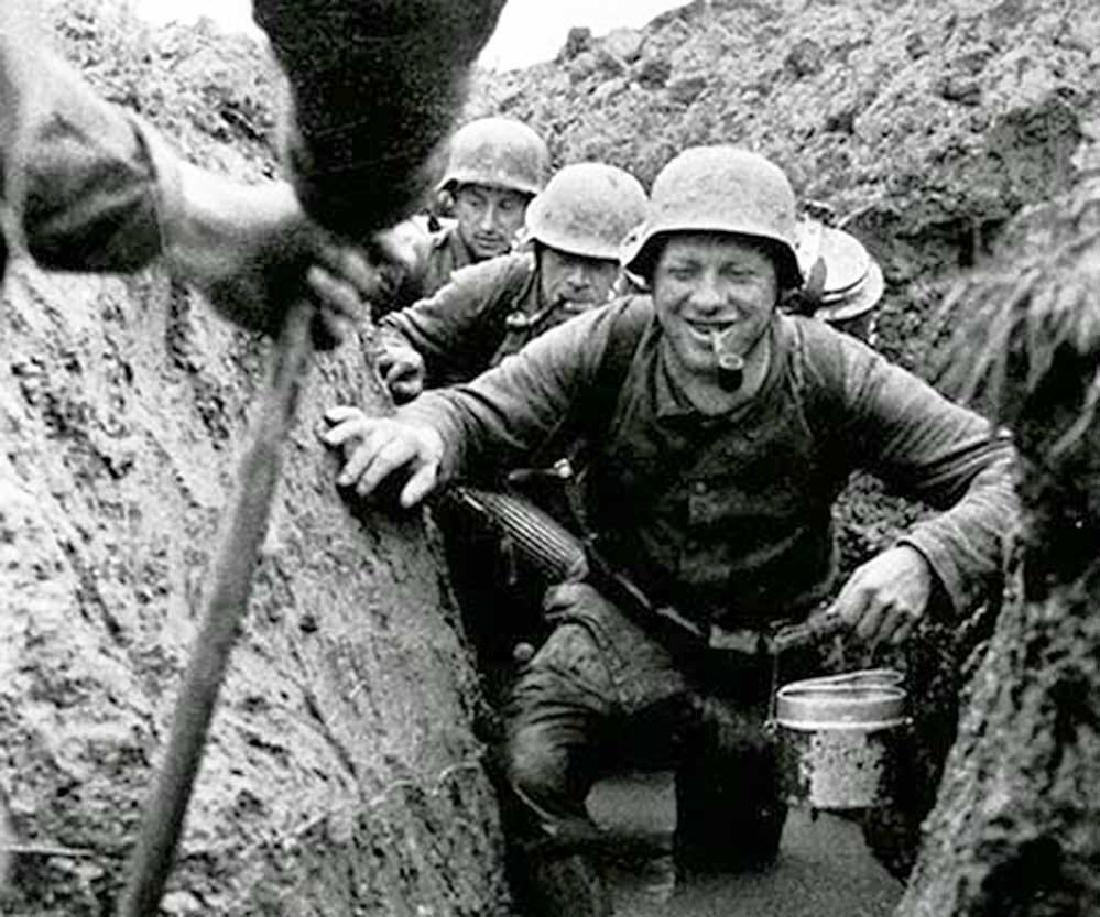 German WW2 Clip for MATÐ¡HEs w. Helmet M35, M42 - 10