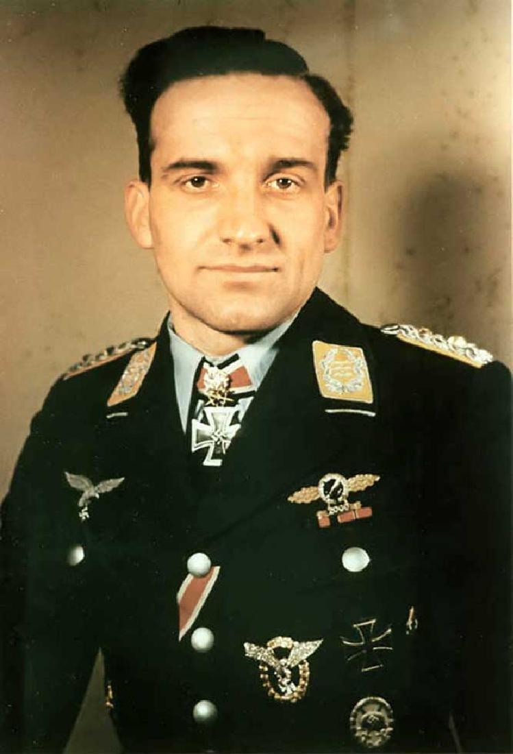 GERMAN WW2 LUFTWAFFE PILOT Badge - 6