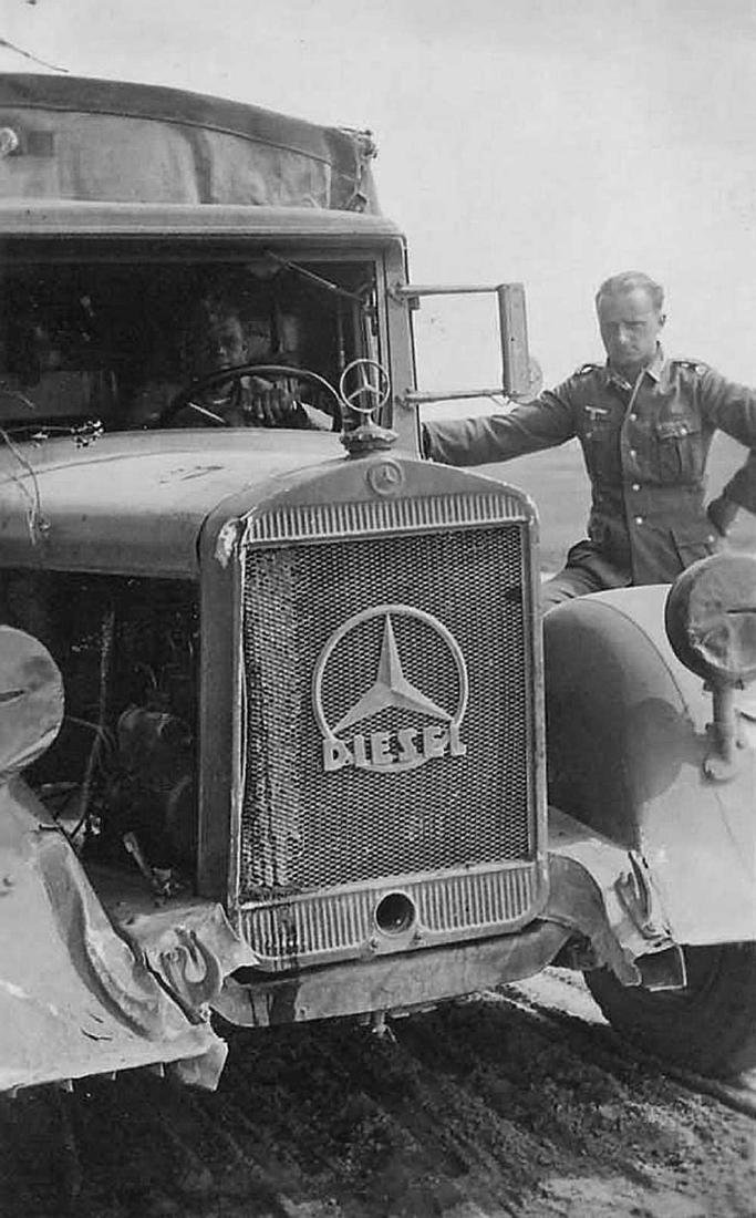 German WW2 Cigarette Case w. Mercedes Benz Logo - 10