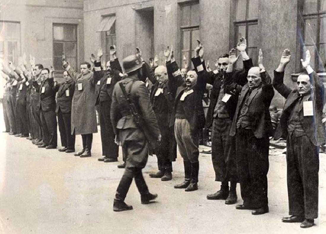 German WW2 Anti-Semitic Cigarette Case - 6
