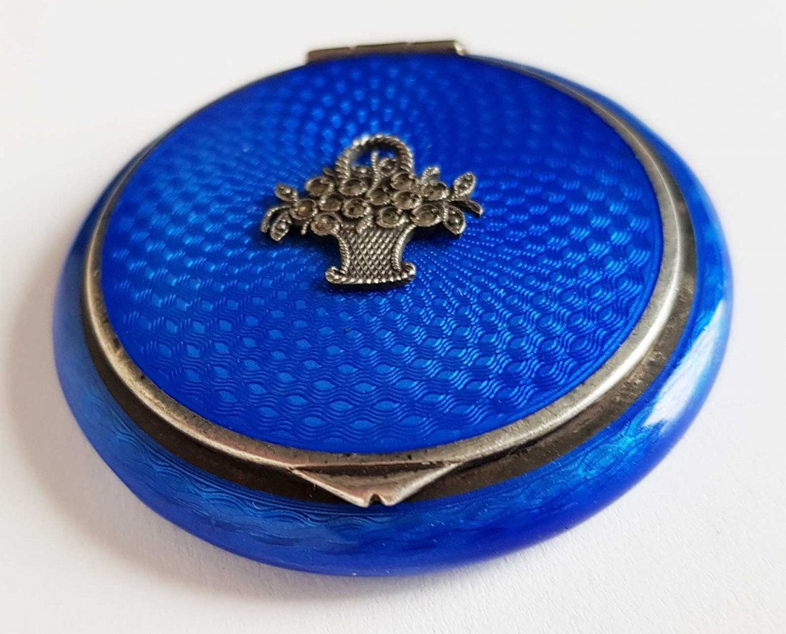 RUSSIAN SILVER ENAMEL COMPACT BOX, FABERGE STYLE - 3