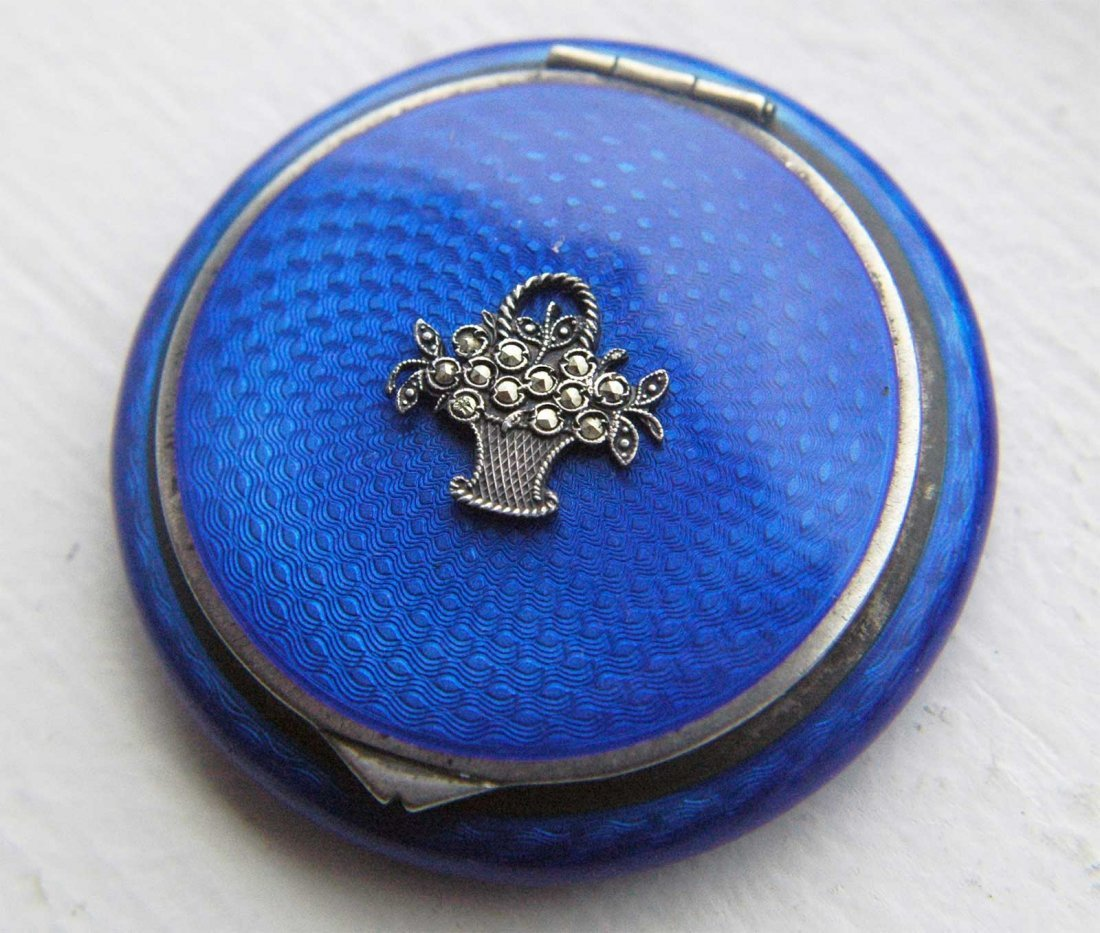 RUSSIAN SILVER ENAMEL COMPACT BOX, FABERGE STYLE - 7