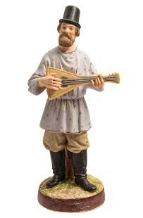 GARDNER - RUSSIAN PORCELAIN FIGURINE, 19th CENTURY
