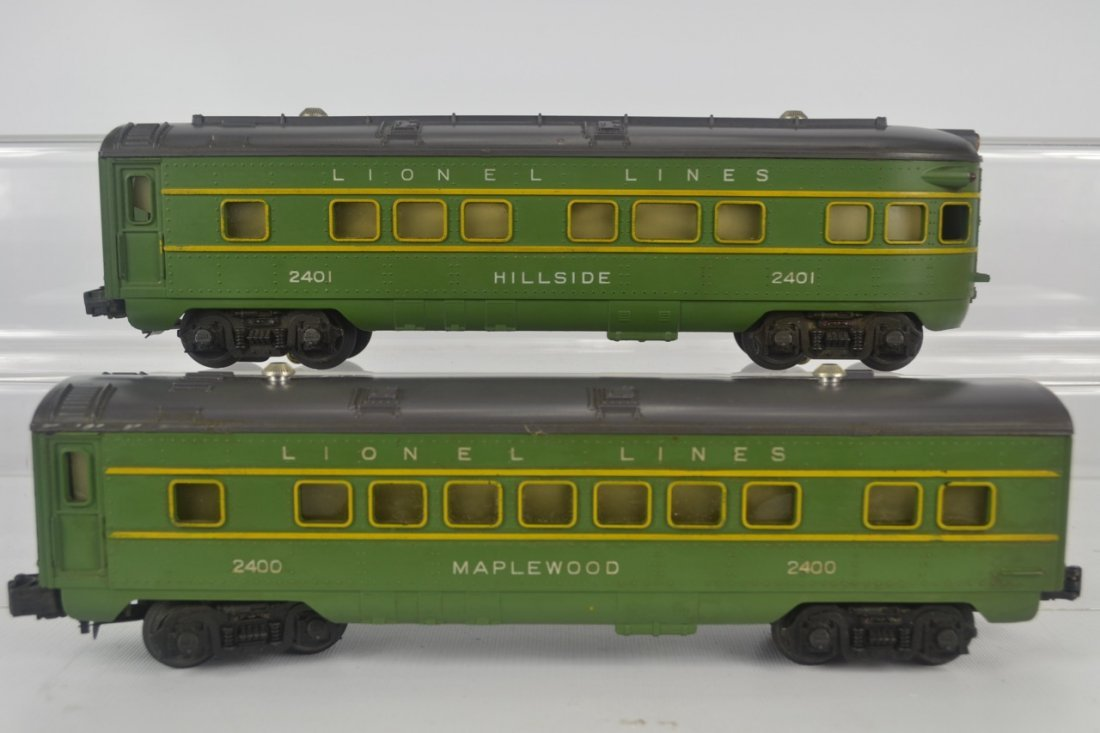 Lionel 2400 and 2401 Passenger Cars-OB - 5