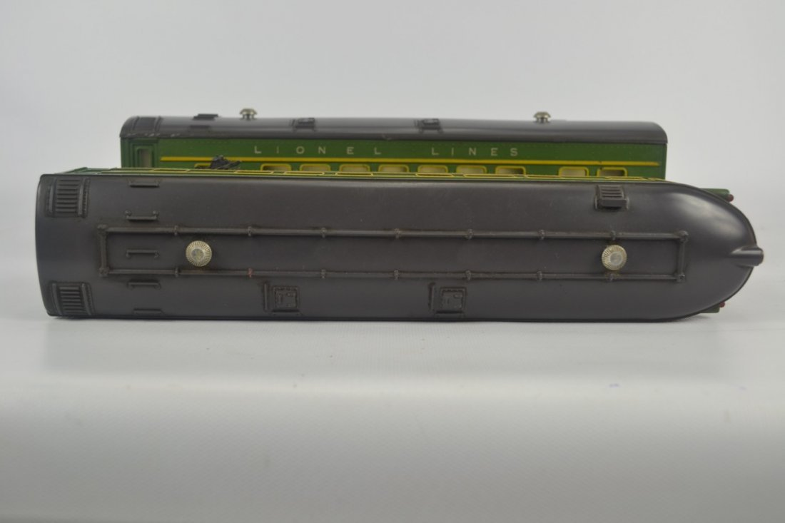 Lionel 2400 and 2401 Passenger Cars-OB - 6