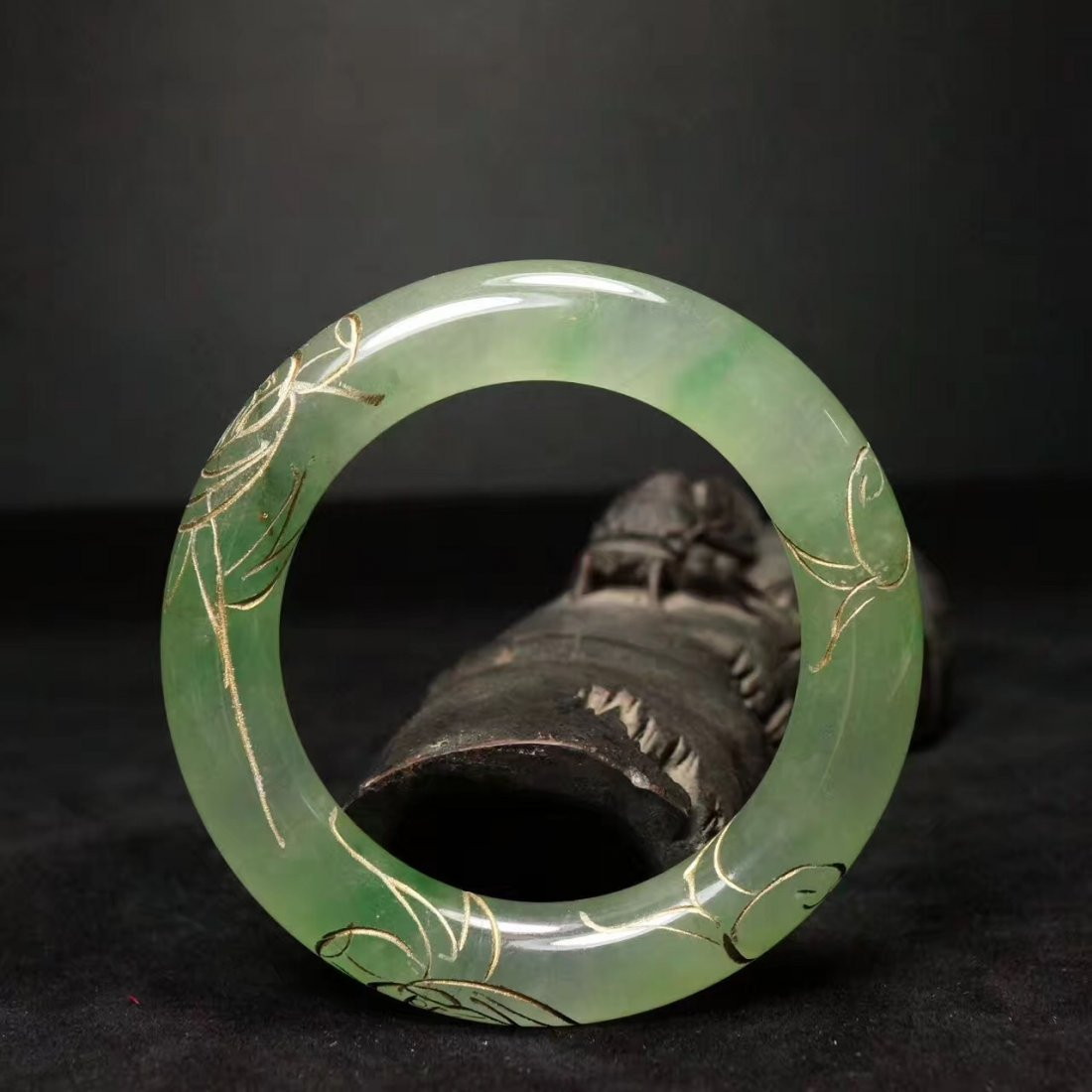 Chinese Qing Dynasty Jade Bracelet - 3