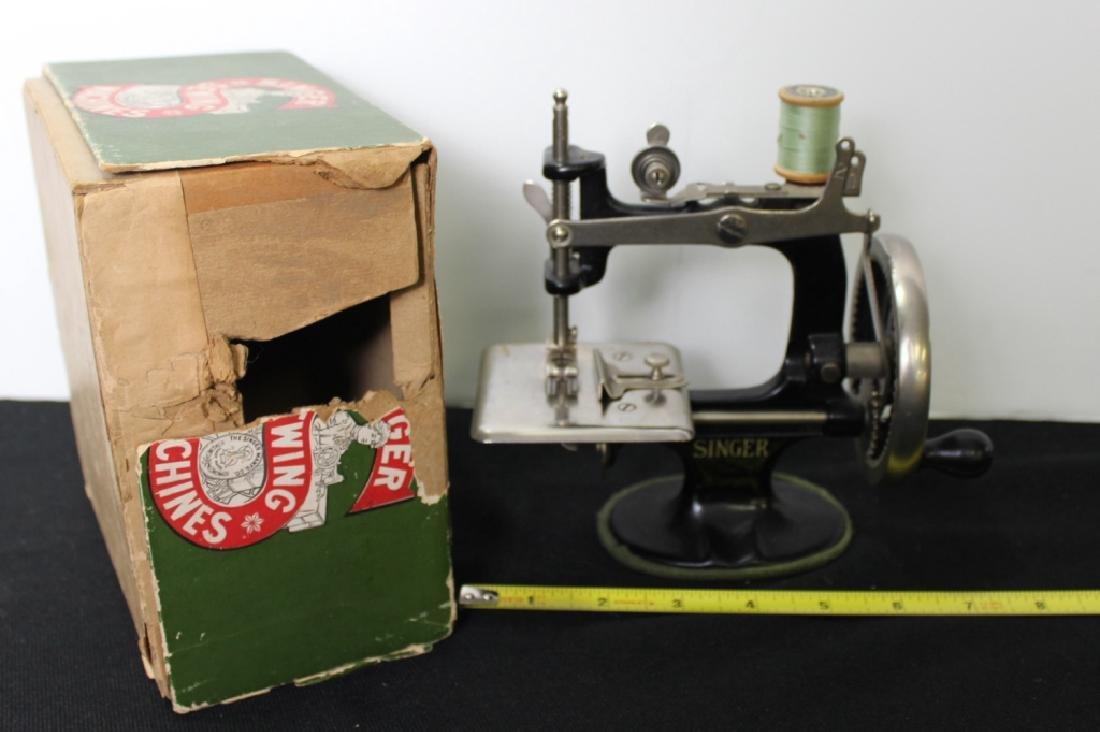 Toy Singer Sewing Machine - 1910 - 2