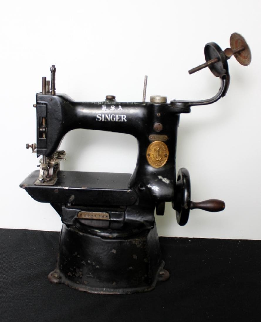 Commercial Singer Sewing Machine (late 1800's) - 2