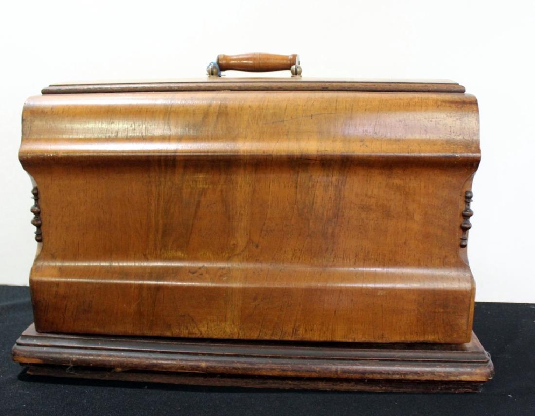 Jones Shuttle Bobbin Hand Crank Sewing Machine - 10