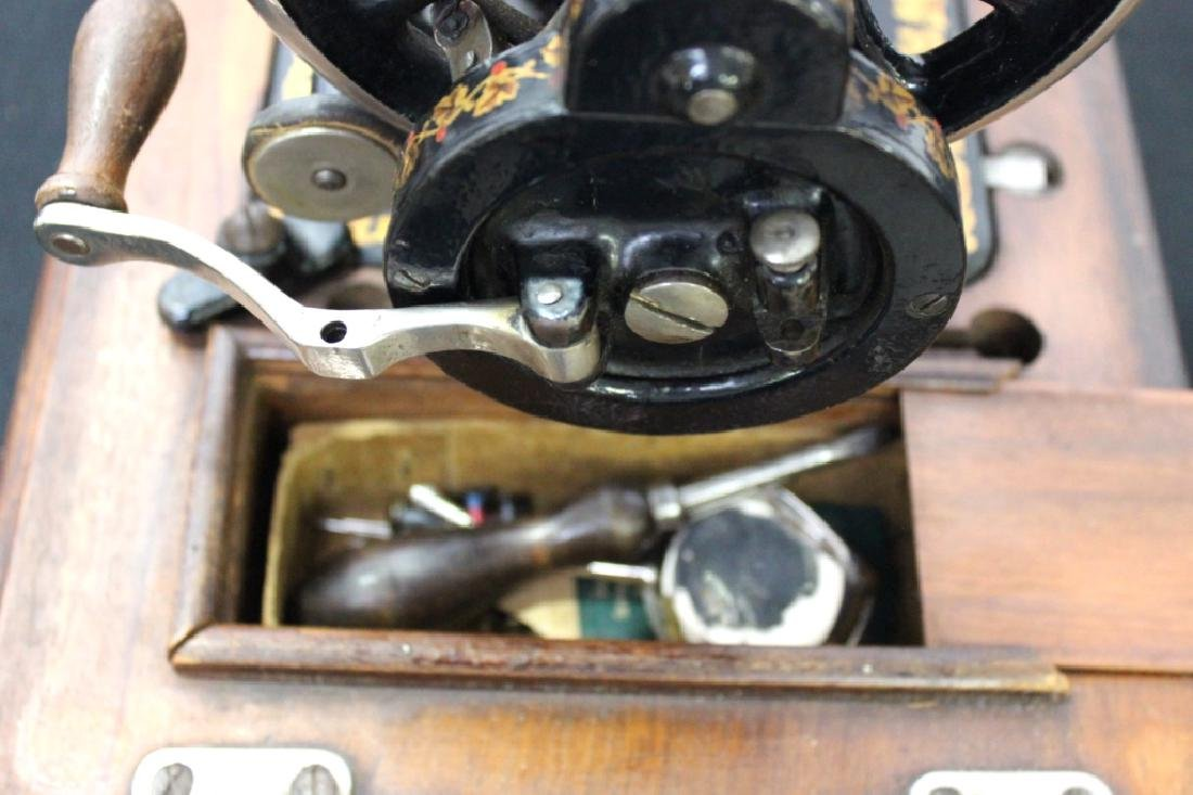 Jones Shuttle Bobbin Hand Crank Sewing Machine - 7