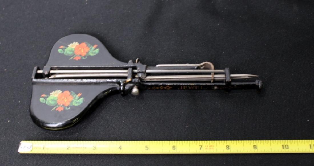 Victorian Rug Hooker - 5