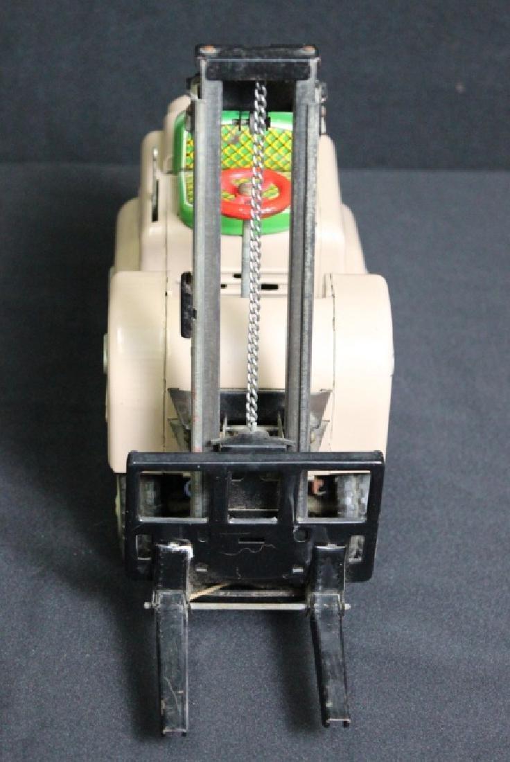Modern Toys Fork Lift - 2