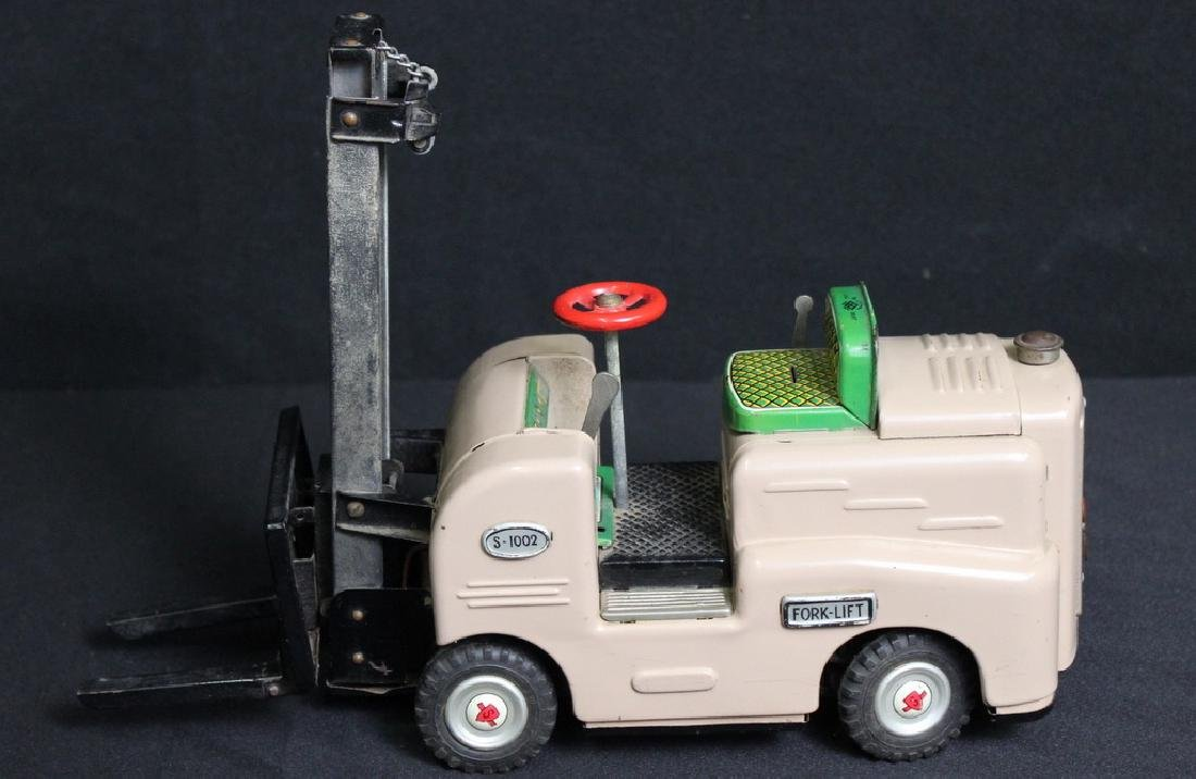 Modern Toys Fork Lift - 3