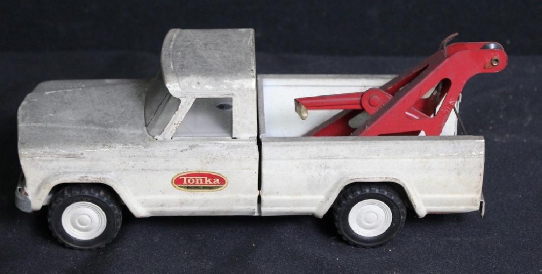 7 Vintage Metal Trucks - 10