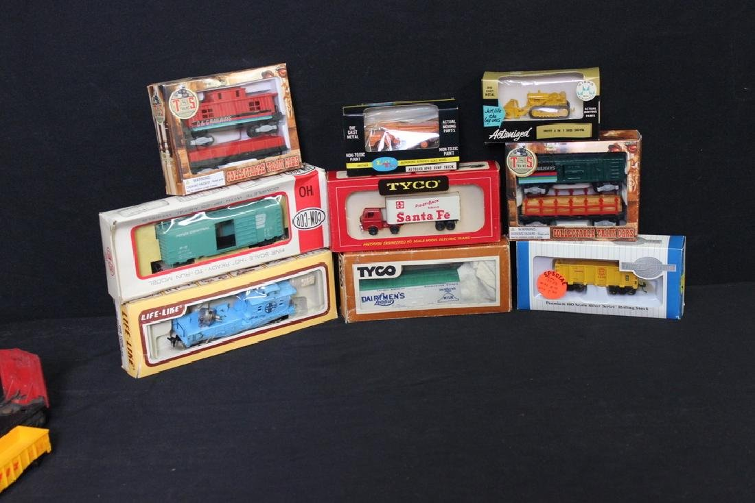 Vintage Lot of Assorted Trains