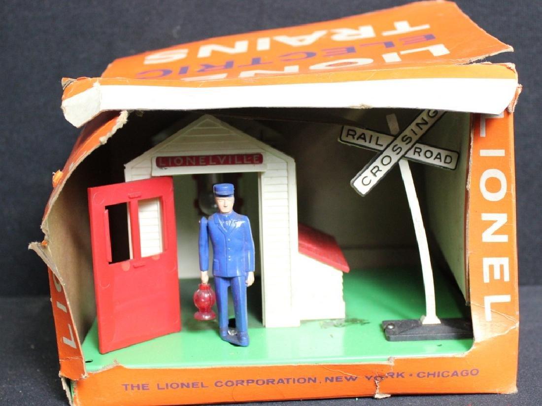 Lionel Train Auto Gateman No. 145 in Box - 2