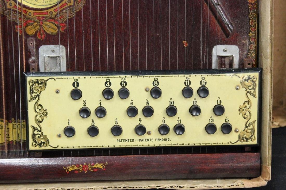 American Madolin Harp in Box Ca. 1900 - 3