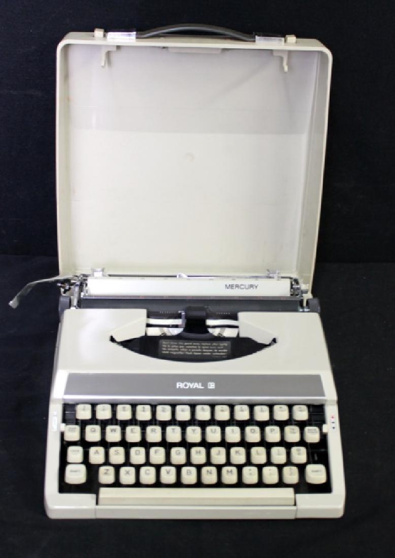 Vintage Royal Mercury Typewriter