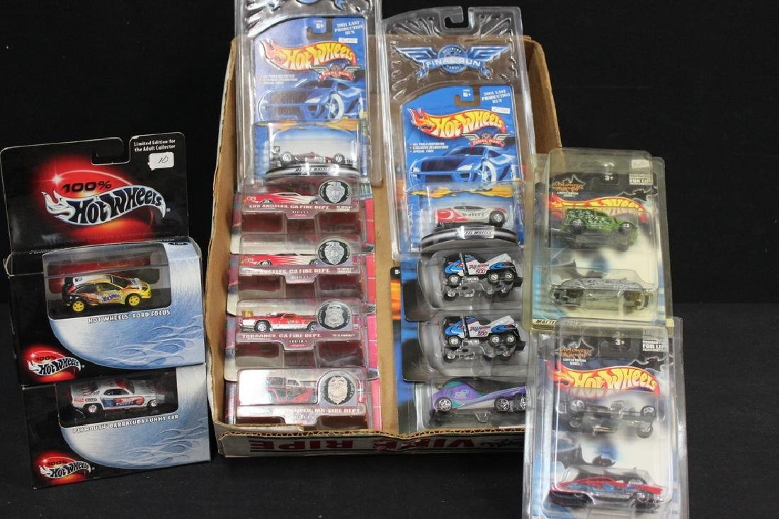 15 Hot Wheels in Pkg. Racing, Fire Dept.