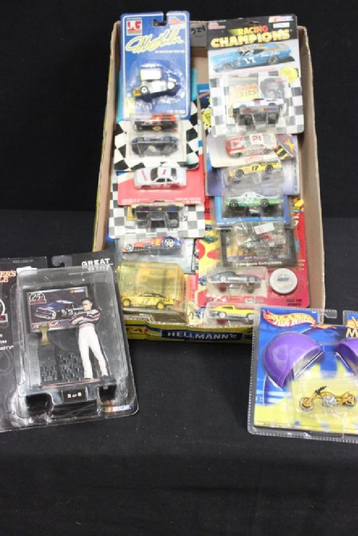 15 Racing Cars & More in Packages