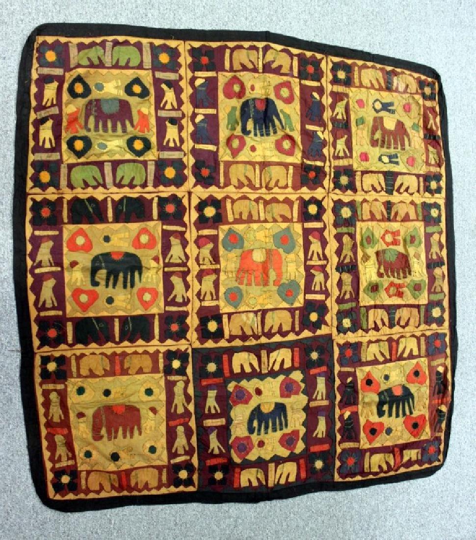 """Ralli """"Elephant"""" Quilt"""