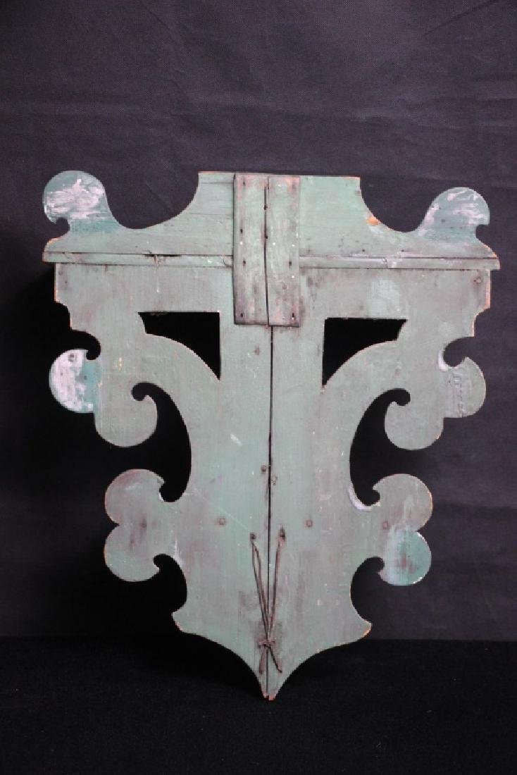 Vintage Wall Shelf Painted Green - 2