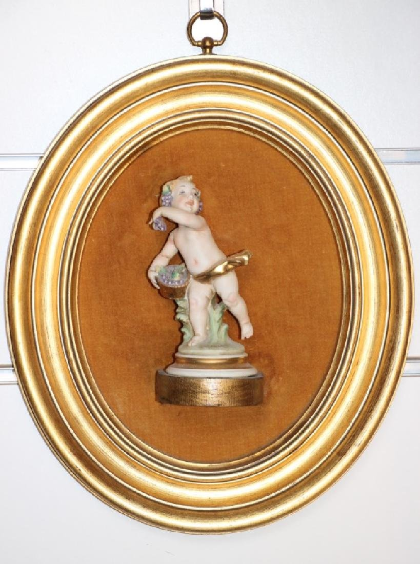 4 Putti in Gold Gilted Frames - 5