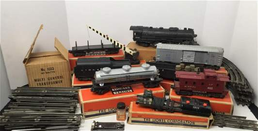Lionel Train Cars, Track & Accesories