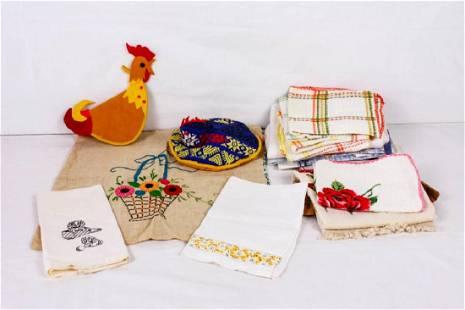 Vintage Dish Towels Pot Holders