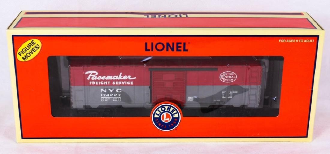 Lionel NY Central Walking Brakeman Car 26814