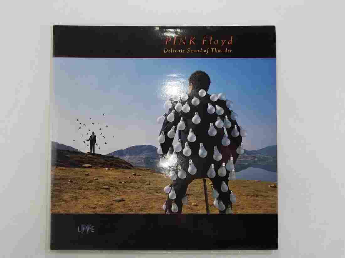 "PINK FLOYD ""Delicate Sound of Thunder"" UK 2 LP"
