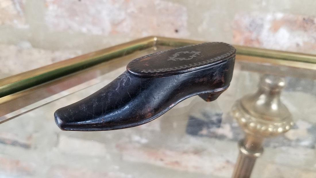 Georgian Era Black Lacquered Snuff Box Shoe