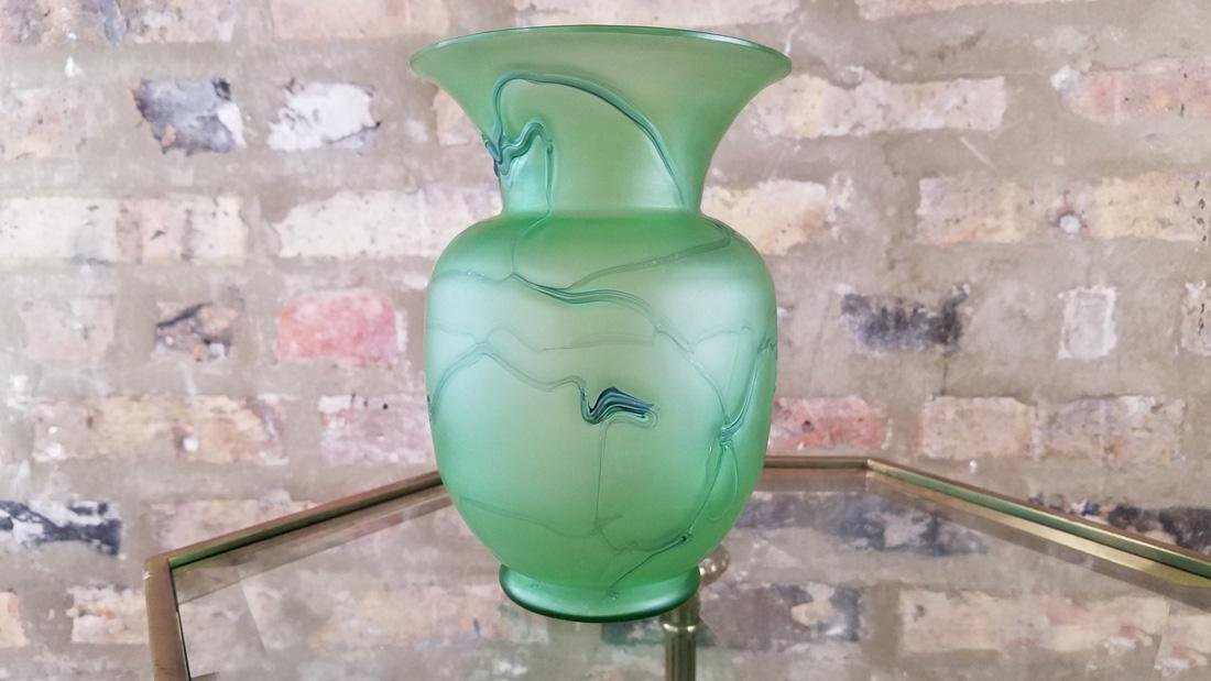 Incredible Loetz or Kralik Matte Green Threaded Vase - 5