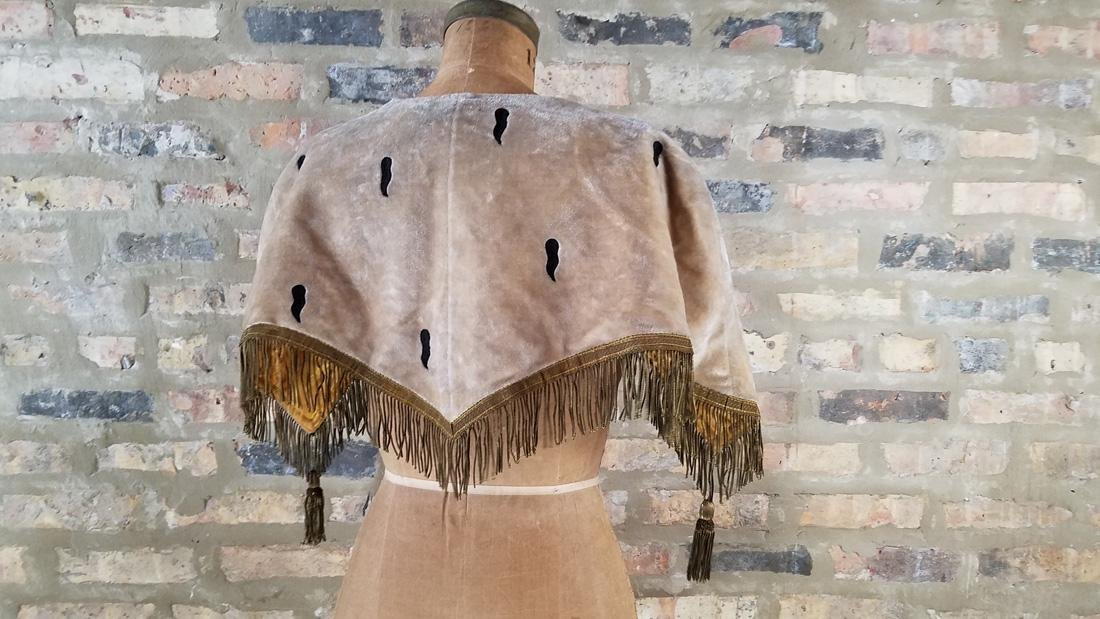 Antique Victorian Velvet Cape - 6