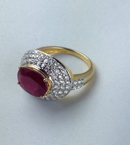 18k Yellow gold 3.87ct Ruby 1.10ct dimond Ring