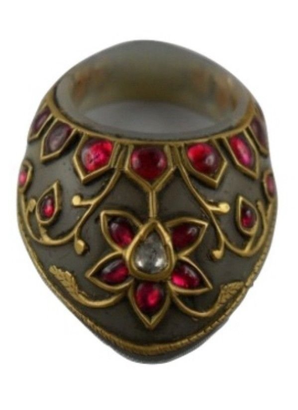 A fine Mughal style Archer's Thumb Ring
