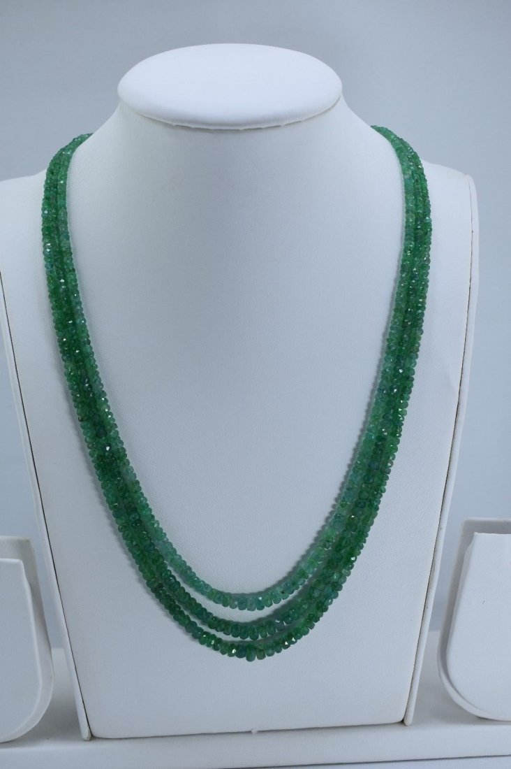 Natural emerald beads necklace