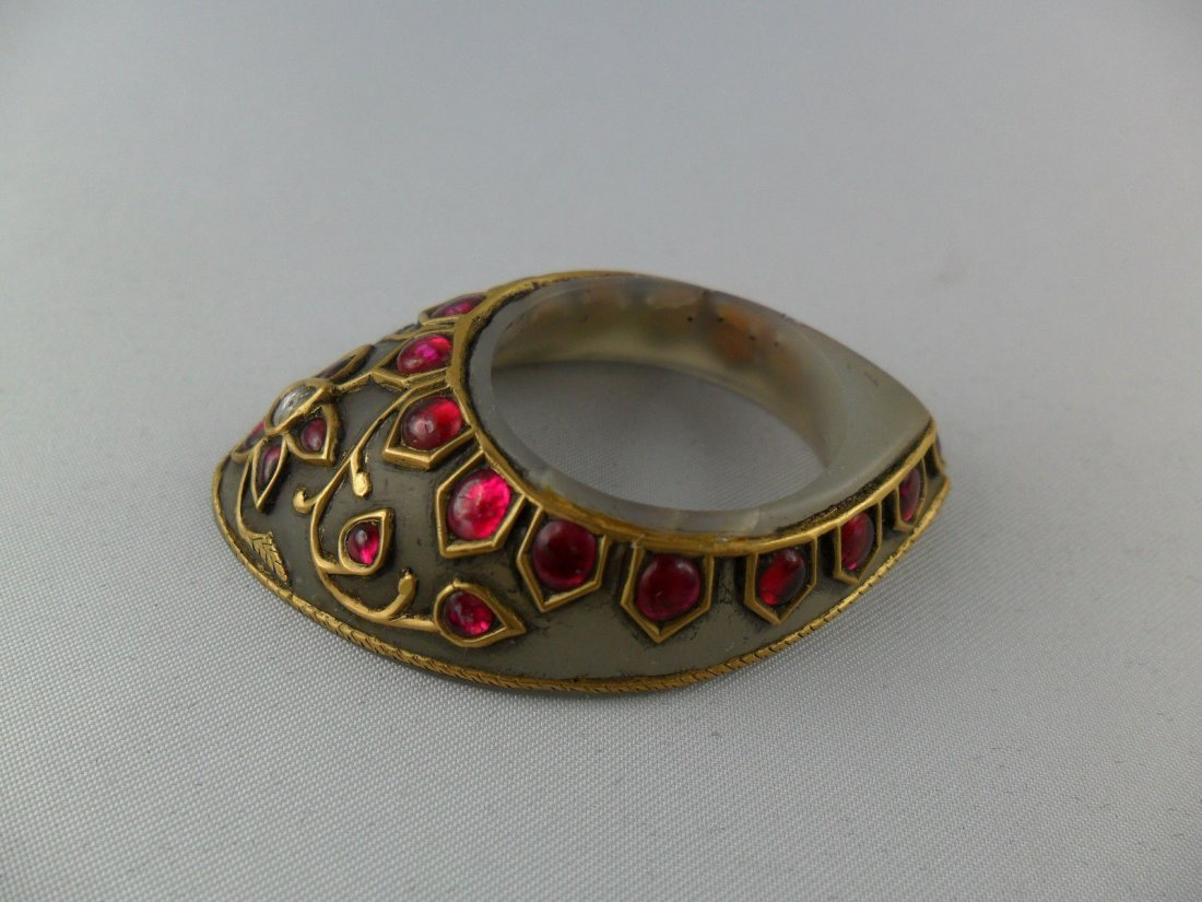 A fine Mughal style jade Archer's Thumb Ring - 4