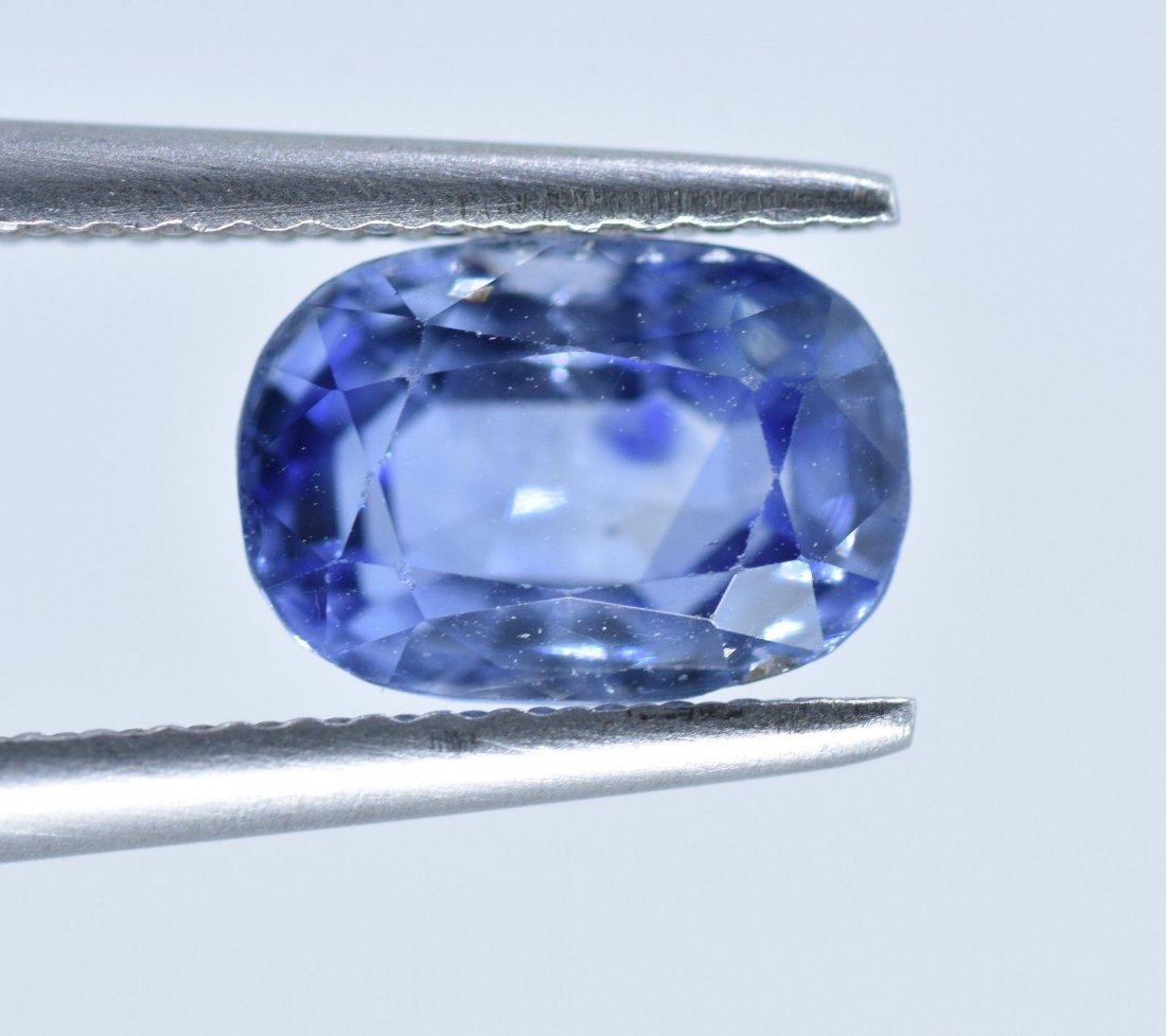 LOOSE NATURAL BLUE SAPPHIRE 2.63 CARATS - 10