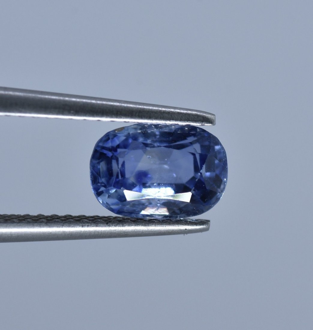 LOOSE NATURAL BLUE SAPPHIRE 2.63 CARATS - 6