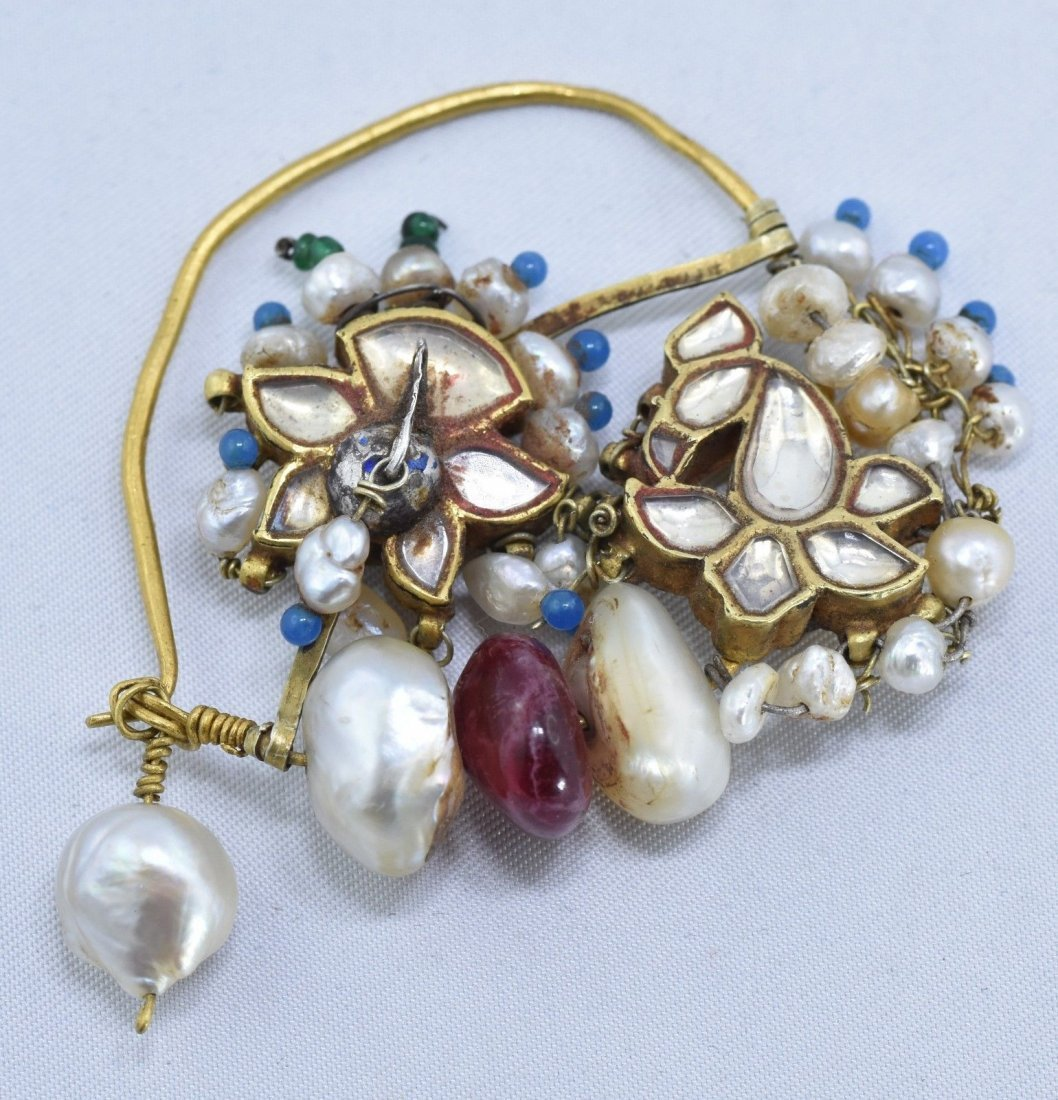 Mughal Indian 18 kt Gold, Pearl & Spinel Nose Ring