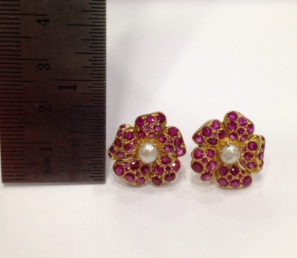 NATURAL BURMA RUBY AND PEARL 18 KT YELLOW GOLD EARRING - 7