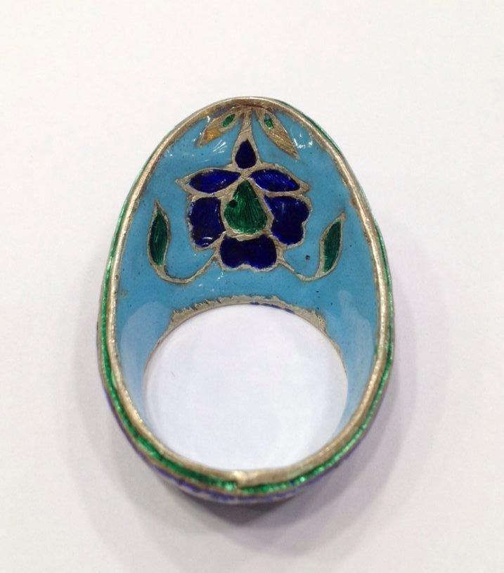 Vintage silver enamel uncut diamond archer thumb ring - 3