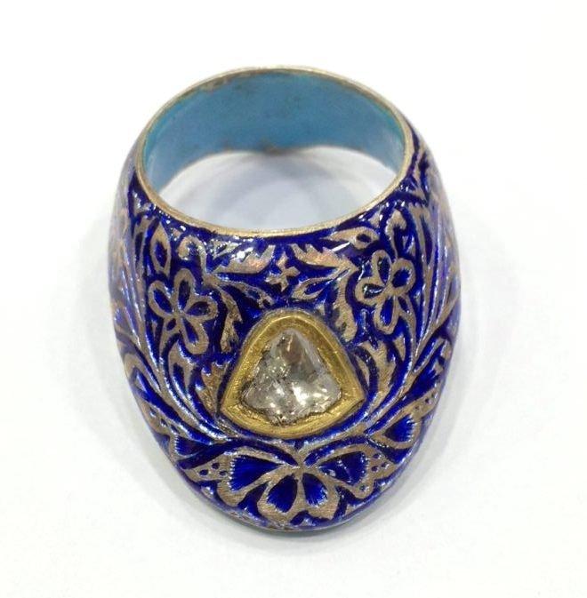 Vintage silver enamel uncut diamond archer thumb ring - 4