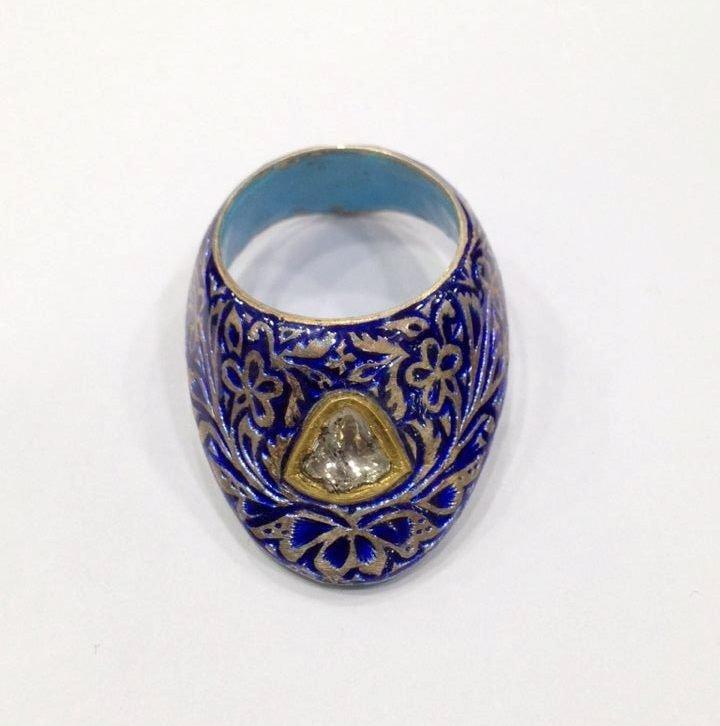 Vintage silver enamel uncut diamond archer thumb ring - 8