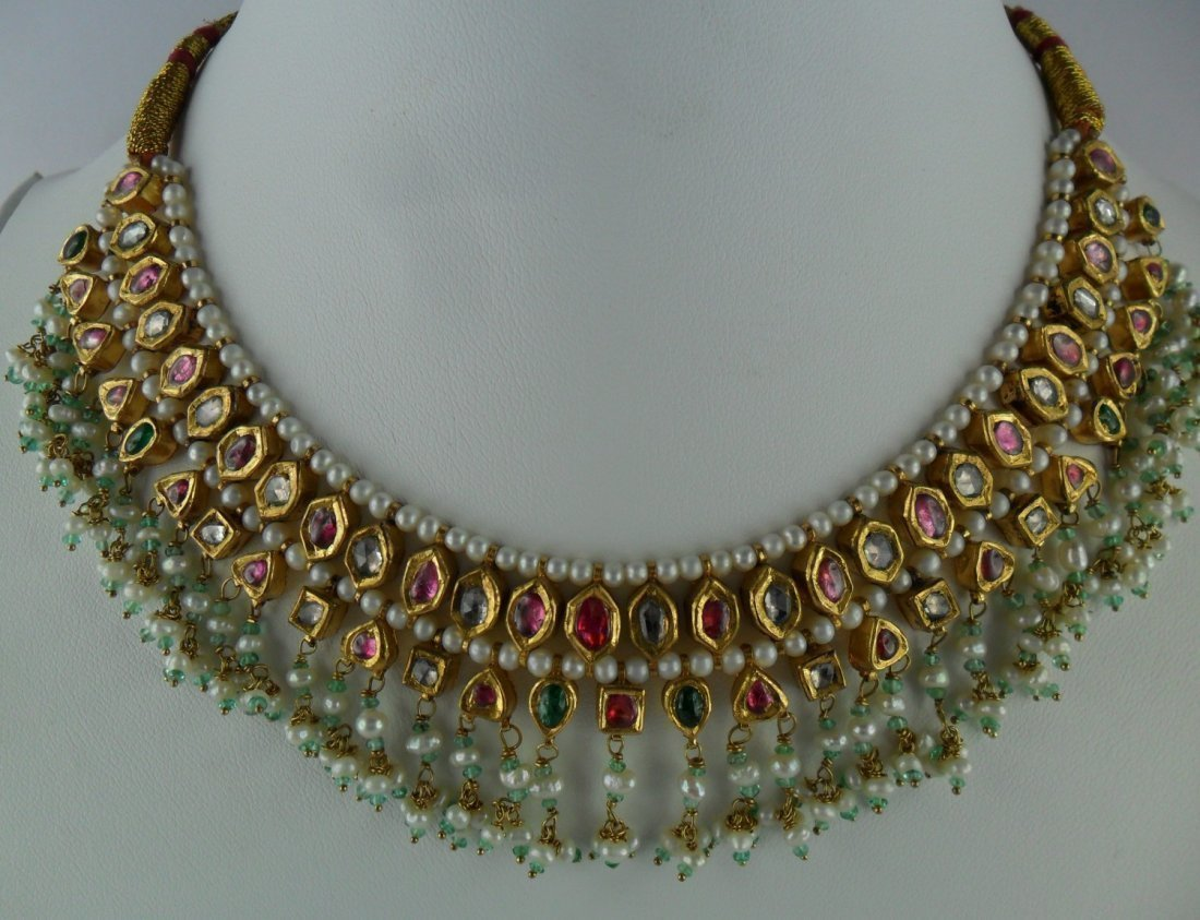 18 KT GOLD , EMERALD,RUBY,COLORLESS SAPPHIRE NECKLACE