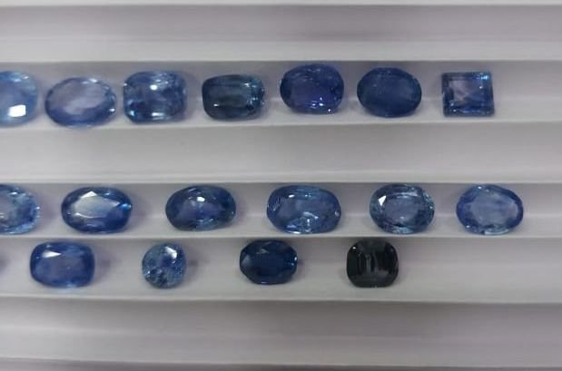 Natural blue sapphire lot 29.90 cts ( 24 piece ) - 3