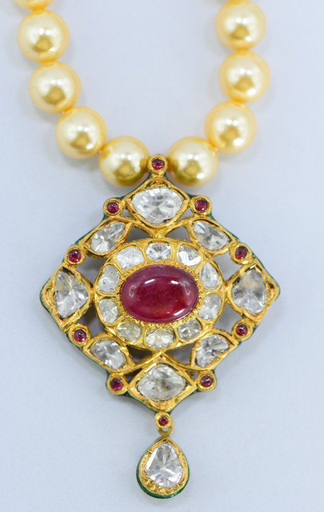 Indian 18 kt Gold Pendant with Diamonds and Rubies - 4