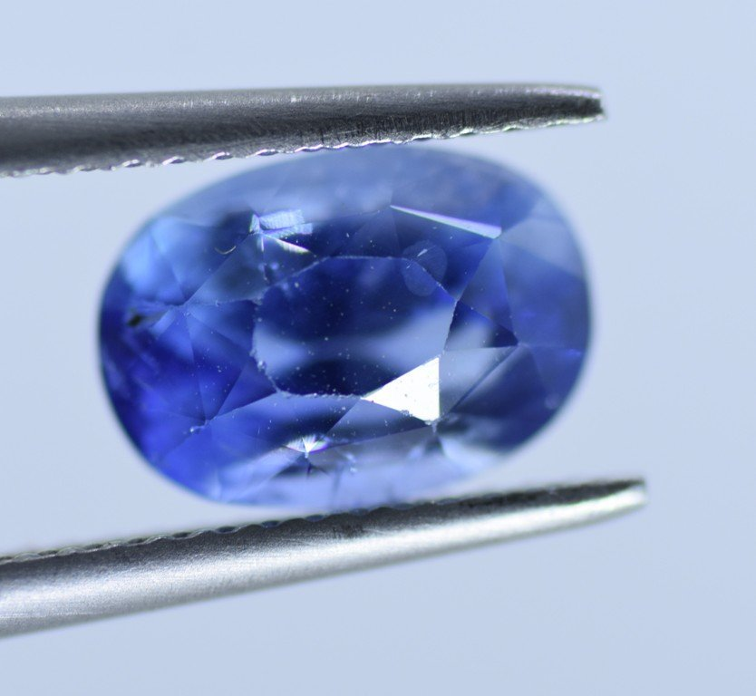LOOSE NATURAL BLUE SAPPHIRE 3.07 CTS - 3
