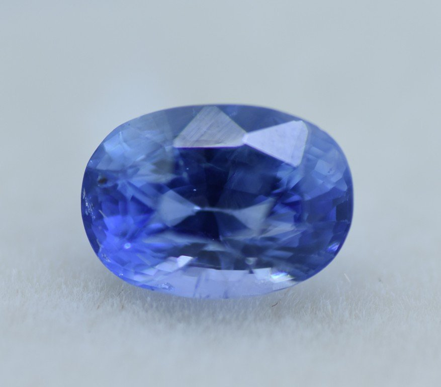 LOOSE NATURAL BLUE SAPPHIRE 3.07 CTS - 6